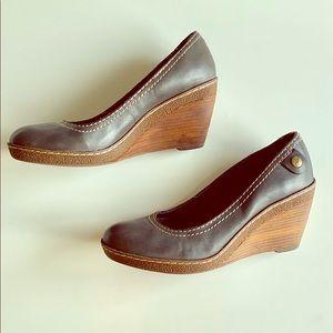 Clarks Leather Sofwear Platforms